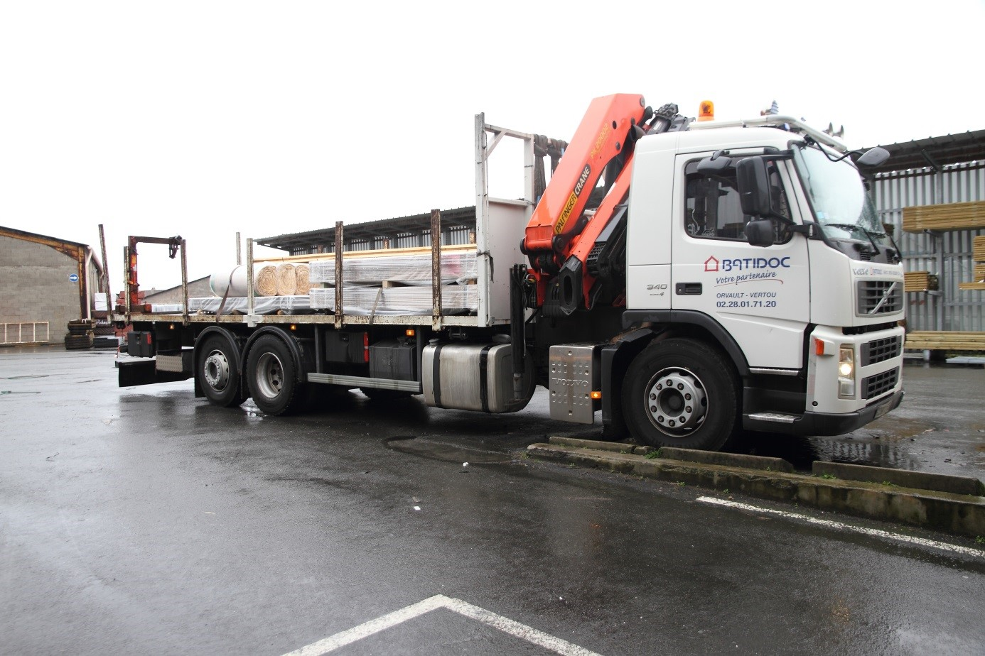 10 CAMIONS GRUE